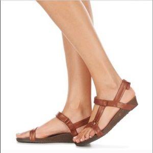 d48796afa9ba Teva Shoes - Teva Ysidro Universal Wedge Sandals Size 8